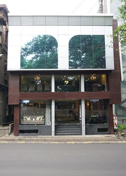 Pune Shop – Building exterior image